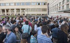 Los maestros aspirantes a las 574 plazas de Cantabria tienen 20 días para inscribirse