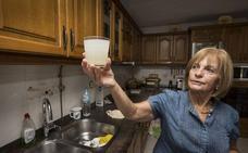 Cs denuncia que el agua de las viviendas de Beranga sale mezclada con abono «de manera recurrente»