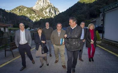 El Gobierno creará una Mesa de Montaña para frenar el éxodo rural