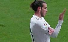 La Liga denuncia el corte de mangas de Gareth Bale en el derbi