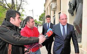 El fiscal pide cuatro años para el expresidente murciano Pedro Antonio Sánchez