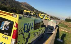 Una ciclista sufre varios traumatismos tras ser atropellada por un turismo en Castro Urdiales
