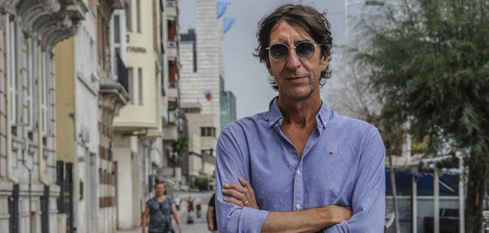 Benjamín Prado: «Mido la calidad de las ciudades por sus poetas»