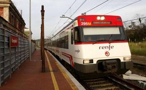 Renfe valora llevar a Cataluña trenes de Cantabria y poner en su lugar otros más antiguos