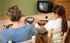 Comer y ver la tele