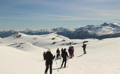 Ruta en raquetas de nieve por el interior del Parque Nacional de Picos de Europa