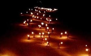 200 esquiadores pondrán luz a la noche de Alto Campoo en la Bajada Nocturna de Antorchas