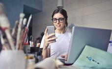 Tontear a través del móvil, ¿es infidelidad o no?