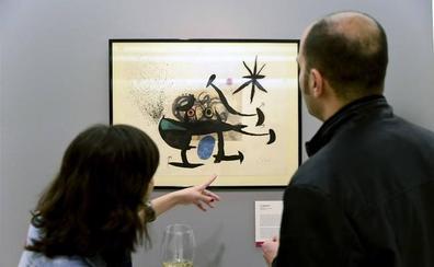 La muestra de Maestros del grabado, 'Inspirados por el vino', recala en el Paraninfo de la UC