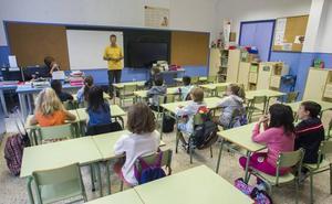 Los monitores del servicio de refuerzo educativo dejarán de trabajar a final de mes