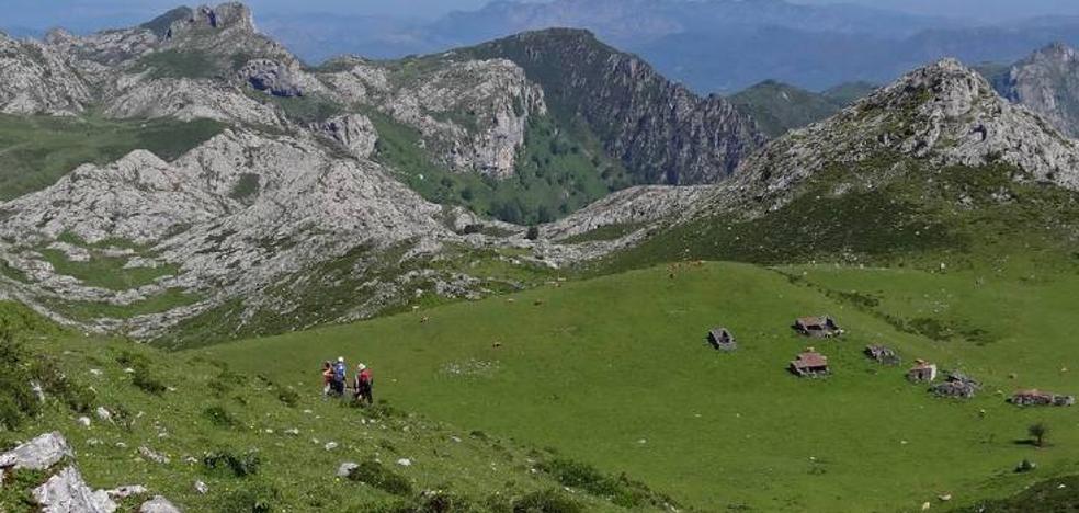 La Ruta de las Majadas, un sendero que comunica Los Lagos de Covadonga y Poncebos