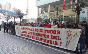 El Gobierno se compromete a atender las reivindicaciones de los sindicatos