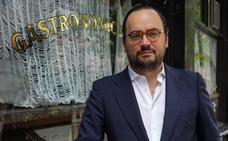 Ignacio Peyró: «La mesa sigue siendo el escenario donde suceden los afectos»