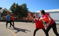El IES de Cayón, dispuesto a ser la cuna de los mejores jugadores de 'frisbee'