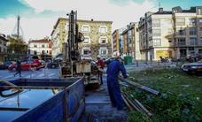 Los técnicos estudian el proyecto para el aparcamiento subterráneo de El Zapatón