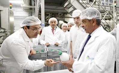 Andía Lácteos moderniza su maquinaria de embotellado de leche en Renedo