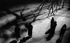 La fotografía de Pedro Palazuelos, con 'Fantasmas', se suma a La Caverna de la Luz