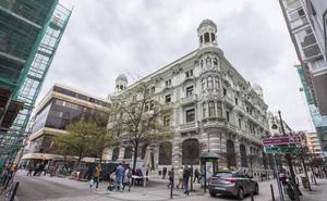 Las obras previas en el antiguo Banco Mercantil inician el proyecto de arte del Santander