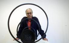 Martín Chirino, maestro de las espirales, ligado a Cantabria, muere a los 94 años