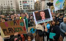 Medio millar de jóvenes pide en Santander soluciones contra el cambio climático