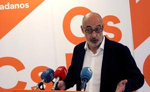 Félix Álvarez arremete contra la alcaldesa de Santander, que ha demostrado «lo lejos que está el PP de nuestra realidad»