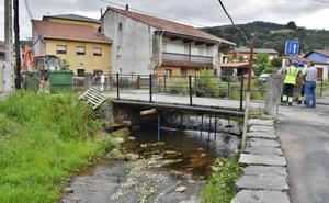 Los Corrales amplía el plan de mejora de puentes para reformar el de Somahoz