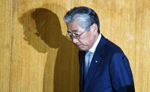 El artífice de Tokio 2020, procesado por corrupción, se retira