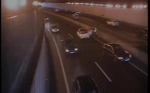 Retenciones para entrar en Santander por un accidente en el túnel de Maliaño