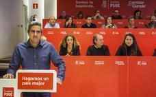 Zuloaga afirma que mantiene una relación de colaboración con Vidal de la Peña