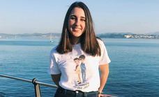 Elena Gómez, una joven ilustradora santanderina que convierte en virales sus trazos