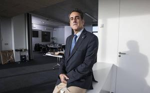 Martín saluda la apuesta por Cantabria del nuevo negocio de Cavada y Vallina