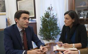 Casares critica que el PP tenga «facturas de más de 3 millones de euros en el cajón»