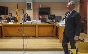 «Espero que este procedimiento consiga la entrada en prisión de Ángel Lavín»