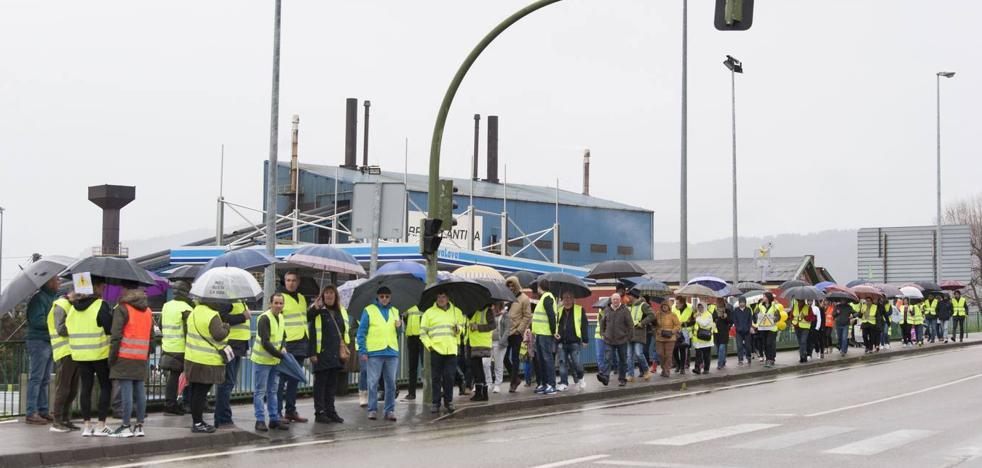 El PSOE de El Astillero exige nuevas medidas para la instalación de la línea de alta tensión