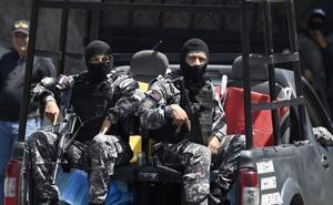 Maduro detiene a dos miembros del equipo de Guaidó