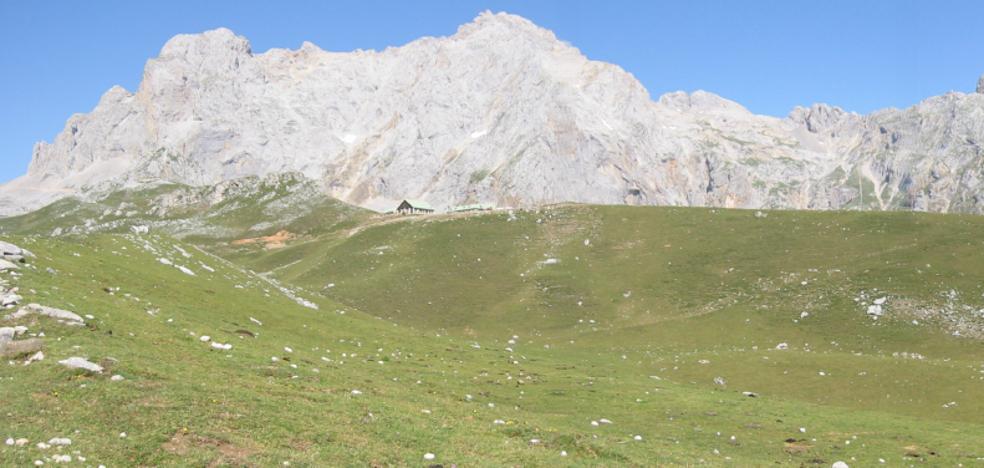 Una ruta larga, difícil y con grandes desniveles para alcanzar la cima de Pico Cortés