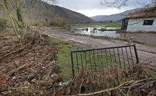 La Confederación Hidrográfica ejecuta tareas de limpieza en los ríos afectados por las inundaciones