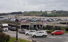 La gestión privada del aparcamiento de San Vicente no ha mejorado el servicio
