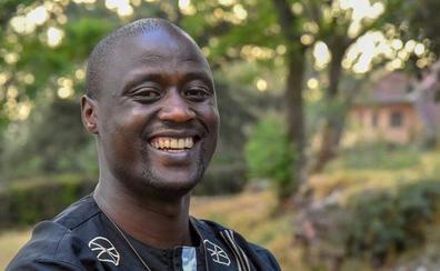 Un profesor de un pueblo remoto de África, declarado mejor docente del mundo