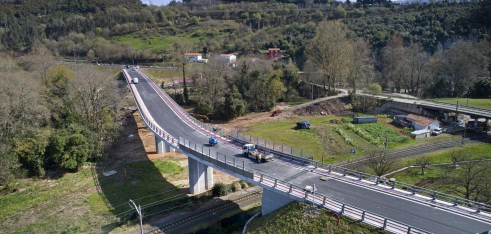 El puente de Golbardo se abre hoy al tráfico tras cinco años de obras y litigios