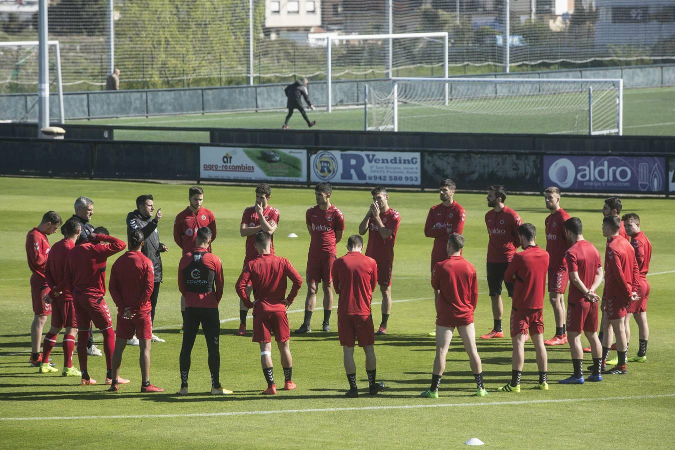 El Racing prepara el encuentro ante el Bilbao Ahtletic