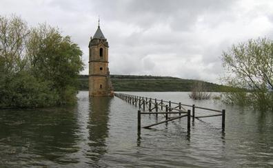 Turismo reparará el acceso a la torre de Villanueva cuando baje el embalse