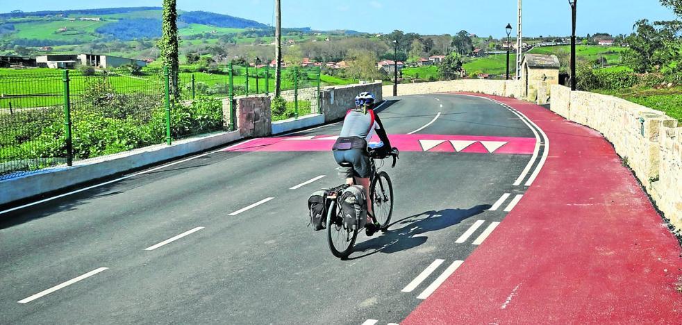 El barrio de La Fontanilla se integra en Santillana con un nuevo vial