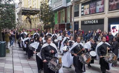 Pasión de Semana Santa para 2.000 cofrades de Santander