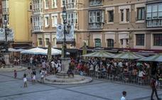 El Ayuntamiento «estudiará» la propuesta de los vecinos de Pombo y Cañadío para la mejora de la convivencia