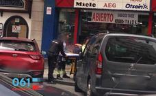 Dos obreros, con pronóstico reservado tras precipitarse desde cuatro metros en Santander