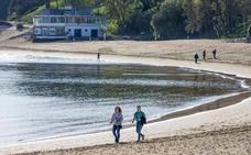 Playas sin arena a diez días de la Semana Santa