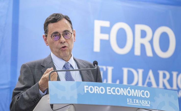 Jaime Caruana en el Foro Económico de El Diario Montañés