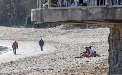La oposición también pide a Costas que rellene las playas de Santander cuanto antes