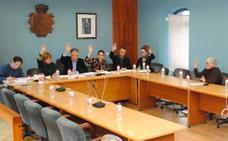 Una concejala del PP de El Astillero desoye a su grupo y permite al PRC aprobar sus propuestas